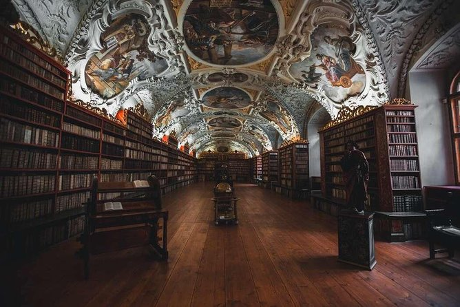 Discover Prague's Art and Culture with a Local