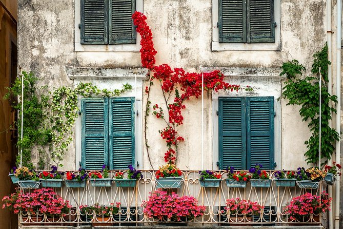 Photography workshop & tour in Corfu Old Town