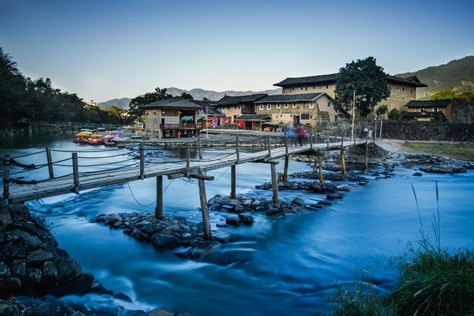 Hakka Tulou Village and Yun Shui Yao Water Town Private Day Trip from Xiamen
