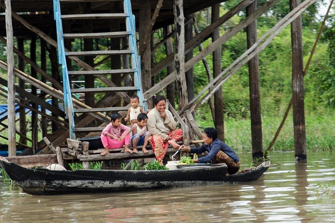 Tonle Sap Lake and Kampong Phluk Private Half Day tour from Siem Reap photo 7