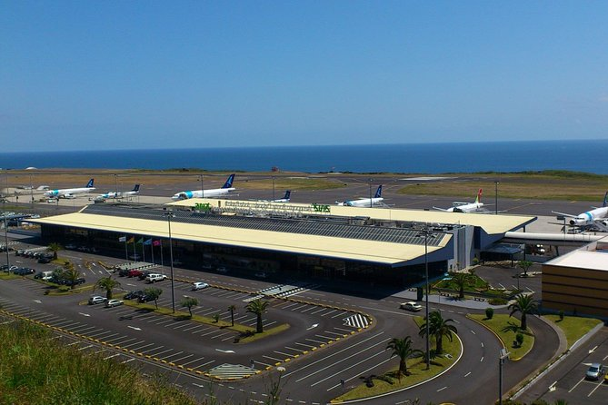 Azores - Airport Transfer to Lagoa Hotels (13-15 pax)