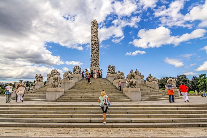 The Ultimate Study of the Human Form at Vigeland's Sculpture Park with a Local