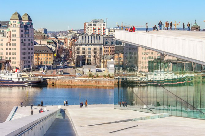 Architectural Walk of Oslo with a Local