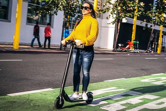 Rome: Historic Tour in Electric Scooter