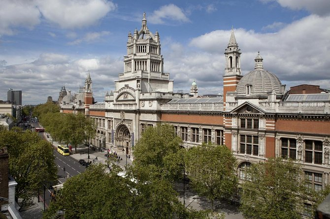 Private Guided Tour of The Victoria and Albert Museum
