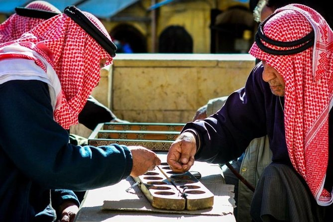 """Learn How to Play the Traditional Jordanian Game """" Mangalih"""" in Salt"""