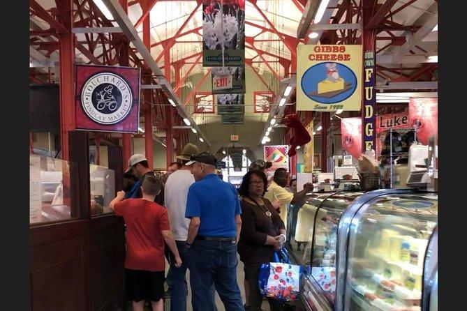 Cincinnati's Original Findlay Market Tour With Tastings