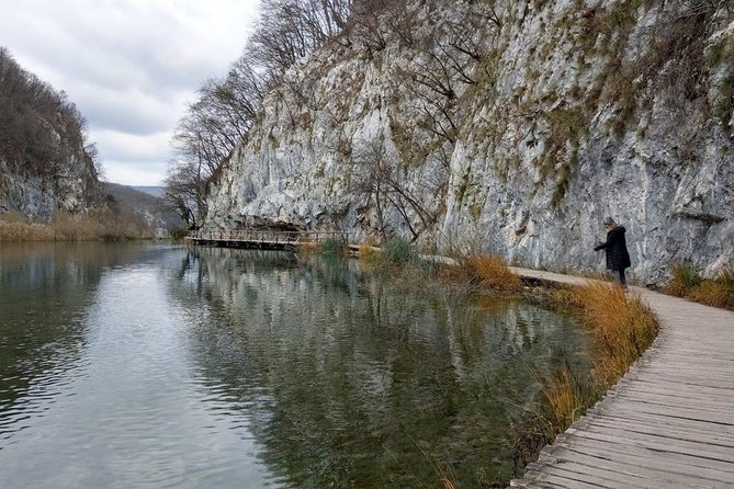 The natural park of Plitvice Lakes transportation, and return to Zadar