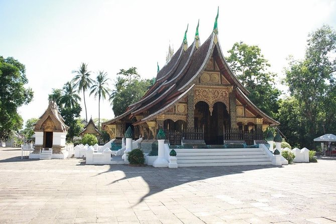 Private Walking Temples Tour around Luang Prabang City
