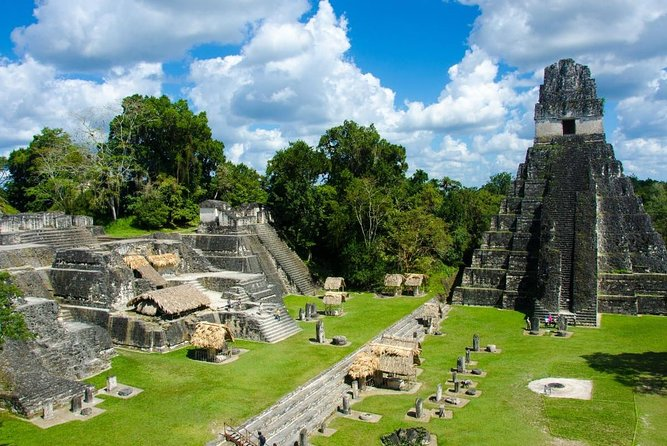 Private Tikal and Yaxha Exclusive Tour