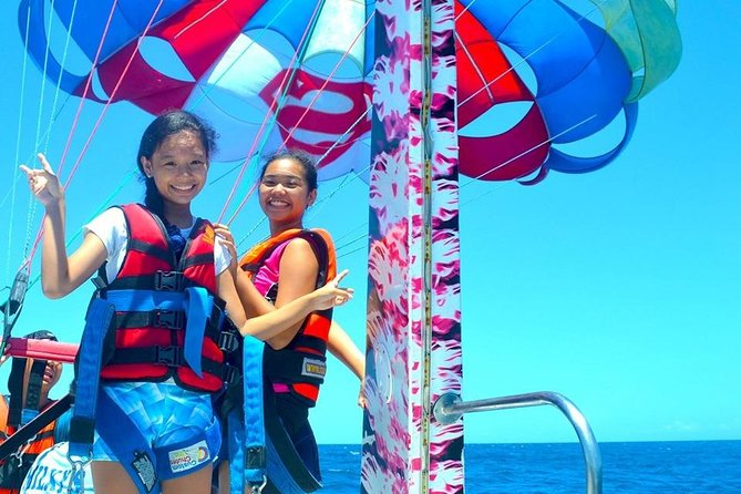 Boracay Island Hopping w/ Lunch and Hot Kawa Bath + Parasailing + Helmet Diving photo 11