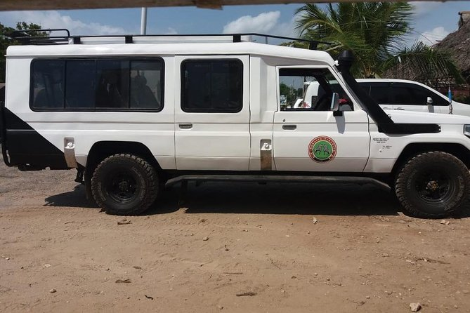 safaris, transfers, excursions, quads and vehicles for hire
