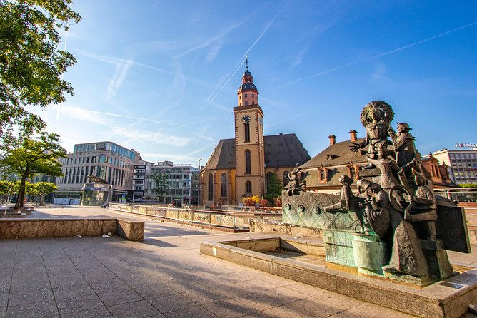 Discover Frankfurt's Art and Culture with a Local