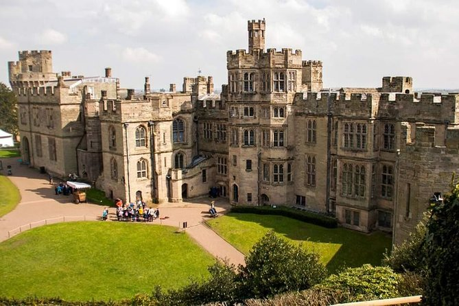 Stratford-upon-Avon/Warwick Castle Independent Full Day Private Tour
