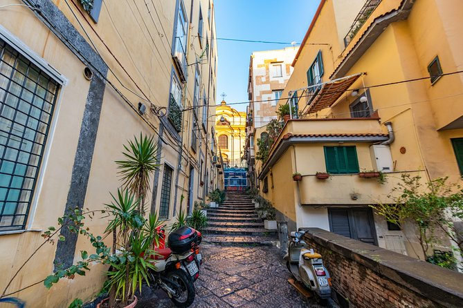 The Instagrammable Places of Naples with a Local