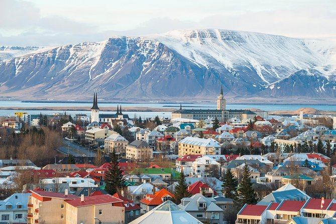 Private Airport transfer Reykjavik City Center to Keflavik International Airport