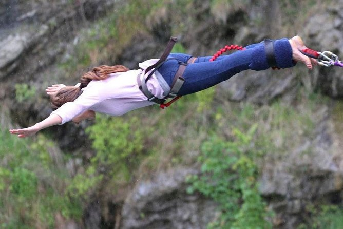 Bungee Jumping Day Trip photo 2