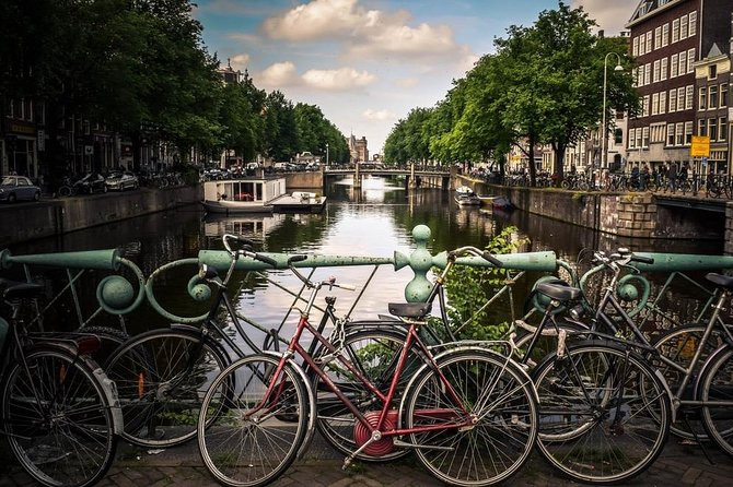 Amsterdam Shared Historical Walking Tour