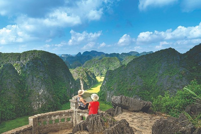 Mua Cave -Tam Coc -Bich Dong Day Tour : Limousine Transfer,Boat Trip,Hiking,Bike
