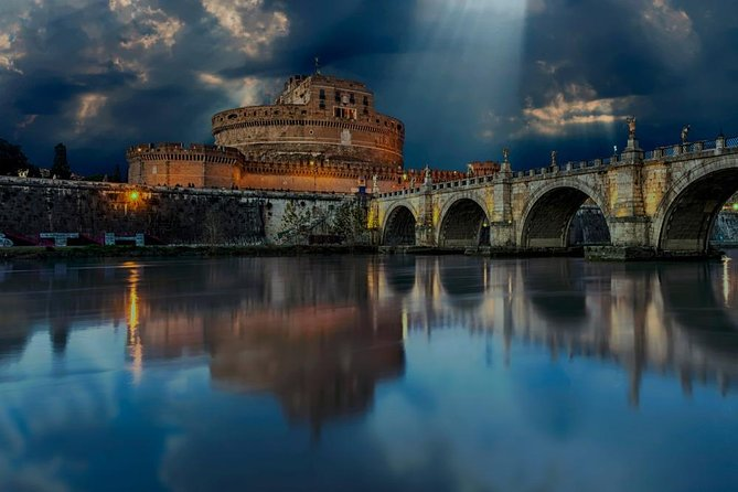 2 Hours Guided Tour In The Footsteps Of The Popes in Castel Sant'Angelo