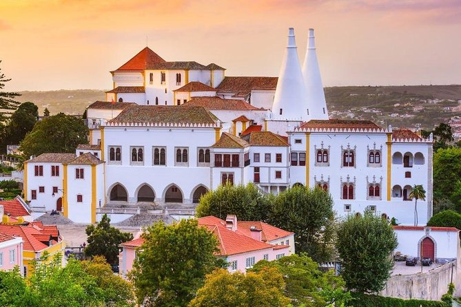 Customizable Sintra and Cascais Tour