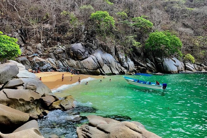 Hiking to Mexico's Smallest Paradise Colomitos Beach