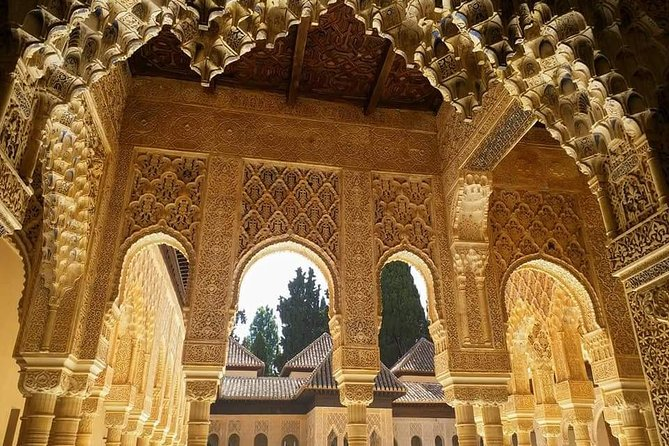 Granada & Alhambra Premium : Full Alhambra Comlex + Nasrid Palaces Guided Tour photo 11
