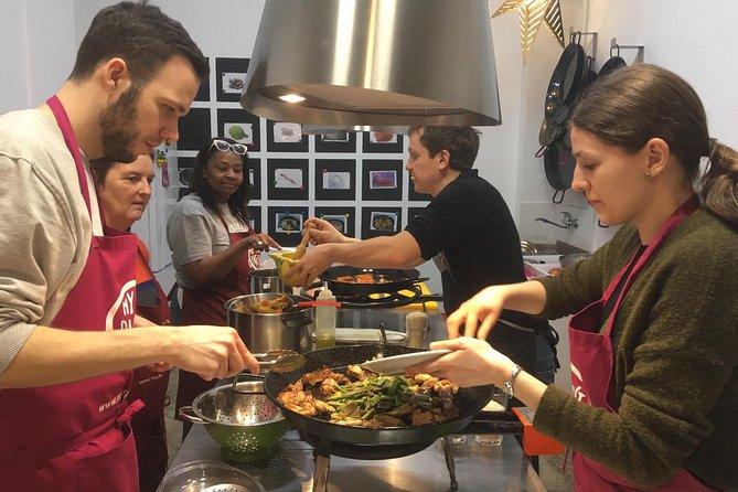 Seafood Paella Workshop, Tapas & Visit Ruzafa Market
