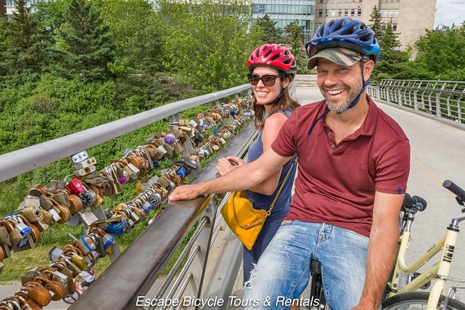 Ottawa Highlights 3.5 Hour Bike Tour