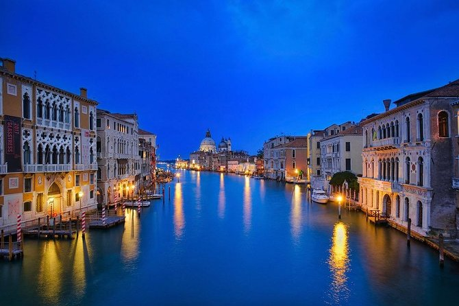 Ultra - Venice Private Airport Transfer from City Hotels to Venice Airport VCE