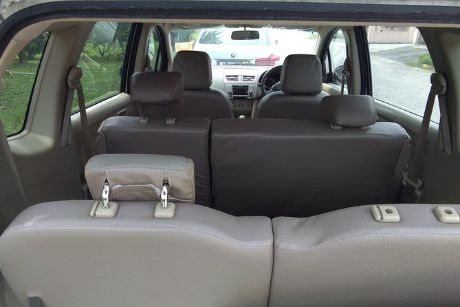 Flexible 7 seater, seat are collapsible based on passengers and luggage arrangement.