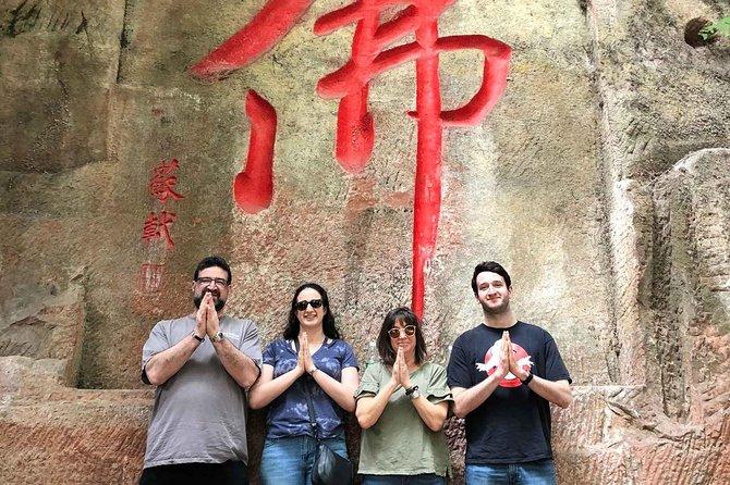 Chengdu Private Day Tour of Leshan Giant Buddha