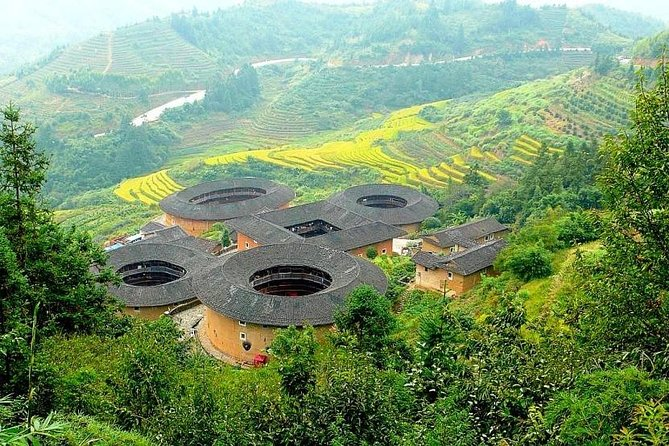 Private Transfer between Xiamen City and Tianluokeng Tulou Village