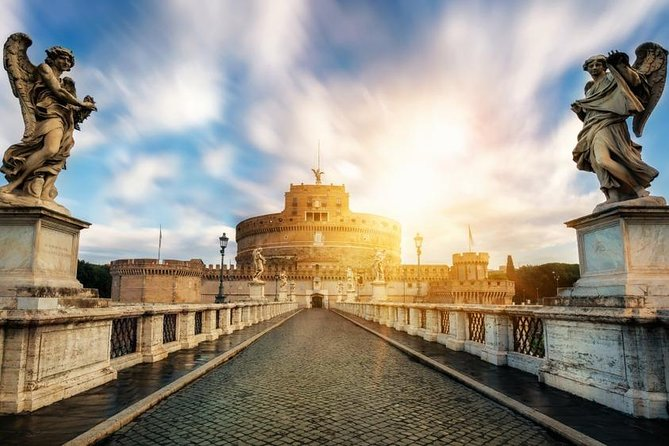 12 People Guided Tour: Rome Castel Sant'Angelo with Aperitif