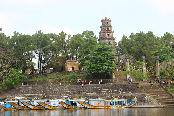 Private car from Hoi An or Da Nang to Hue city tour and come back