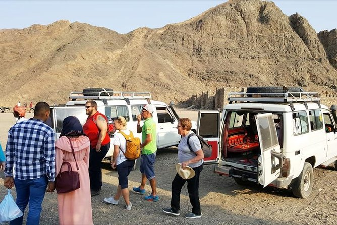 Day Tour to Desert Super Safari by Jeep from Marsa Alam in Egypt