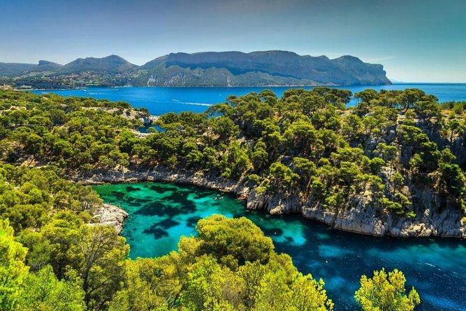 Calanques of Cassis, Aix-en-Provence & Wine tasting Shared Tour from Nice