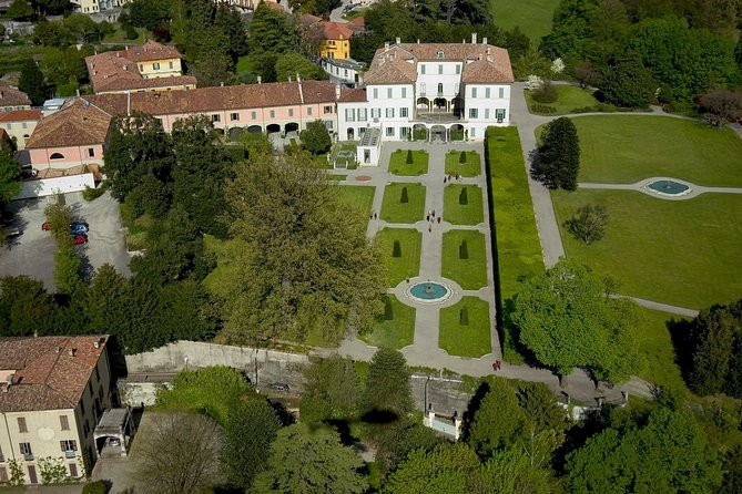 A private tour to Villa Panza and a cool aperitif in Varese