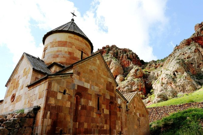 Enlightened Armenia Tour (Ejmiatsin, Khor Virap, Noravank, Areni) photo 9