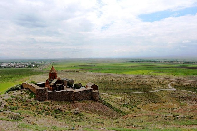Enlightened Armenia Tour (Ejmiatsin, Khor Virap, Noravank, Areni) photo 4
