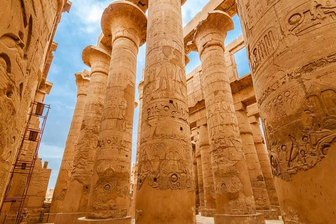 Private Guided Tour of the East and West Banks from Luxor
