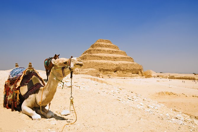 Trip to the Pyramids, Sphinx, Saqqara, and Memphis from Hurghada by road