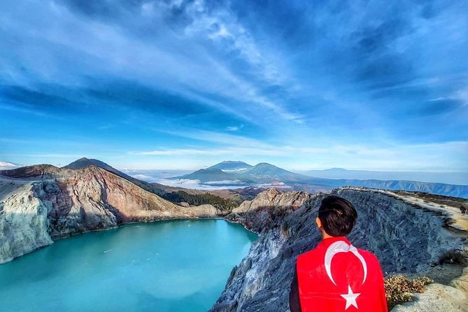Ijen crater tours shere photo 4