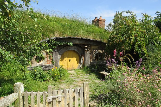 Hobbiton Movie Set - Day Tour from Auckland (Return Trip) photo 3