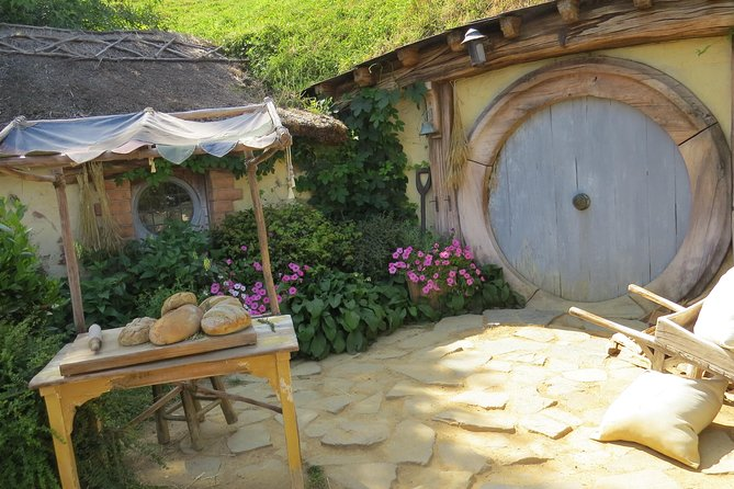 Hobbiton Movie Set - Day Tour from Auckland (Return Trip) photo 15