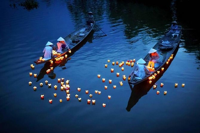 Da Nang-Hoi An Private Trip with Water Puppet Show/Light Lantern Boat