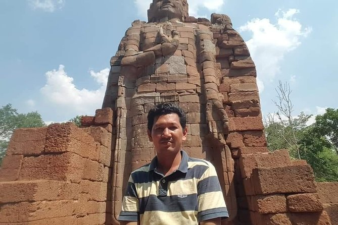 Private Tour from Siem Reap to Preah Khan Kompong Svay