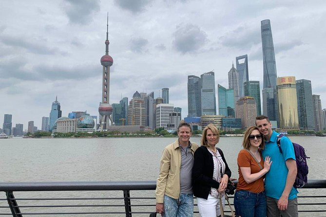 Shanghai - Yesterday and Today, from a Water Town to an International City