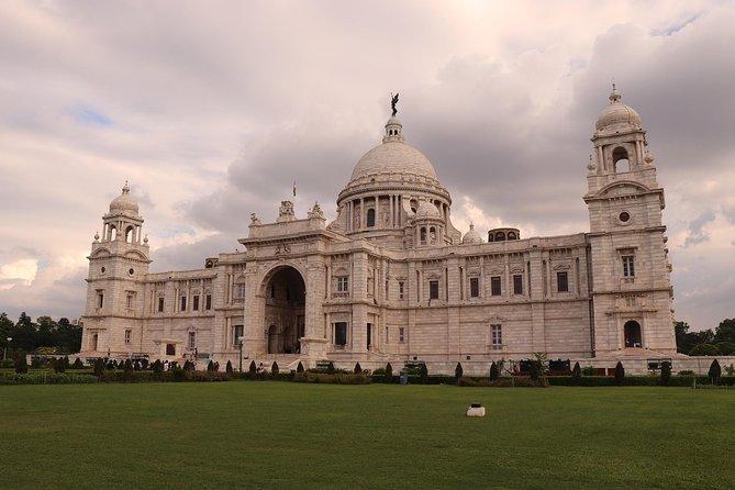 Kolkata Sightseeing With Monuments Entrances