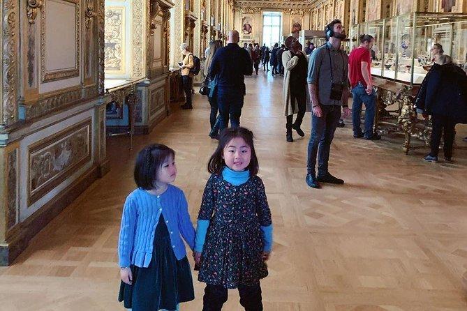 Louvre Museum Private Tour : Families & Kids Friendly Tour (2 Hours)